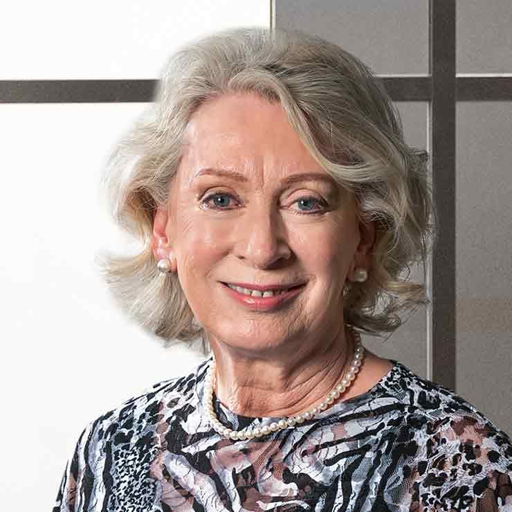 Anne Warren